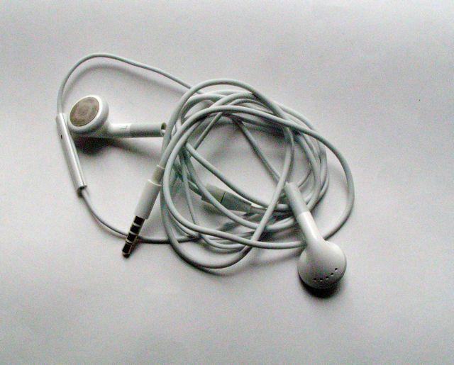 画像5: iPhone/iPod touch 用ヘッドセット、マイク付き
