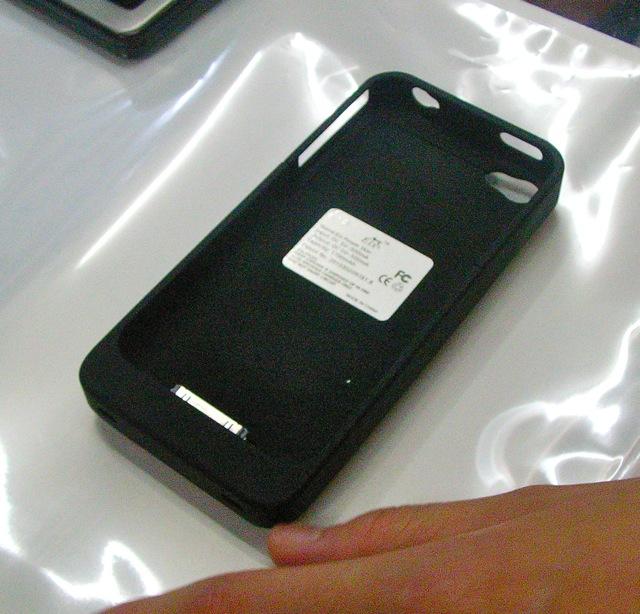 画像2: iPhone 4 用 バッテリーケース
